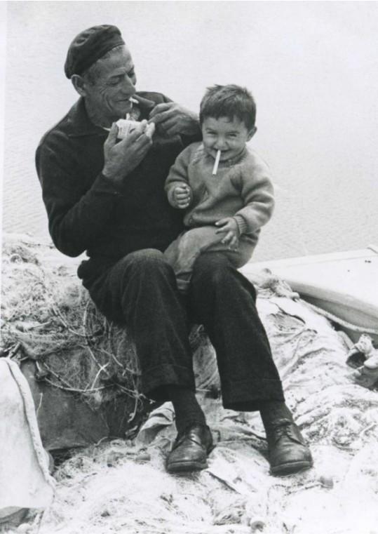 παππους με τον εγγονό του